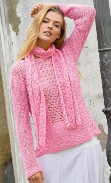 Quergestrickter Pullover und Schal